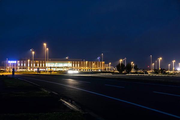 茨城空港ビル夜景 小谷野 俊夫
