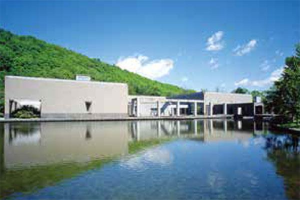 札幌芸術の森美術館